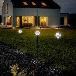 Leszúrható napelemes lámpa - 9 x 77cm, ezüst