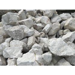 Fehér sziklakerti kő