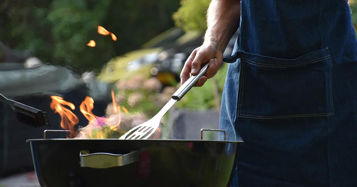 3+1 elengedhetetlen eszköz a kerti sütögetéshez